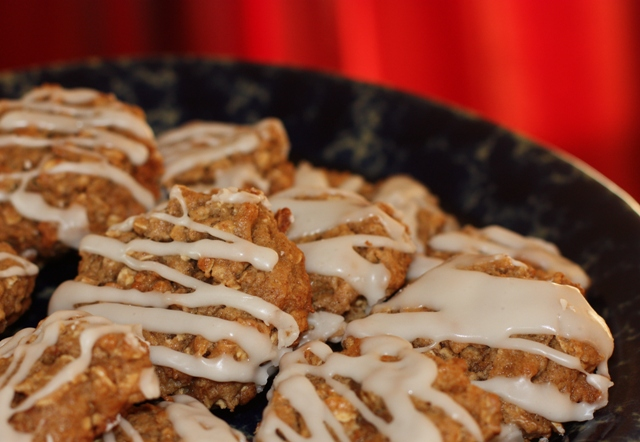 Iced Oat-Apple Butter Cookies 2
